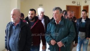 Διαμαρτυρία αγροτών στα γραφεία του ΟΠΕΚΕΠΕ στην Τρίπολη